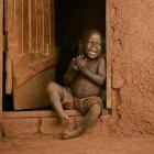Photo : Une fille africaine aux gros seins de 16 ans expose ses photos nues en ligne